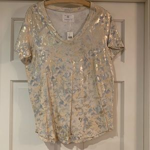 Anthropologie V-neck t-shirt/blouse